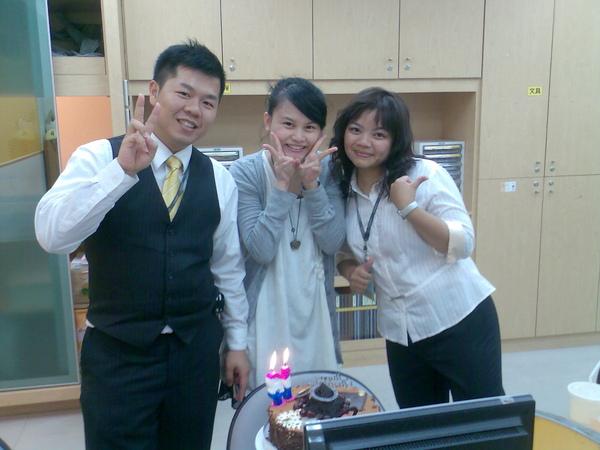 唱生日快樂歌