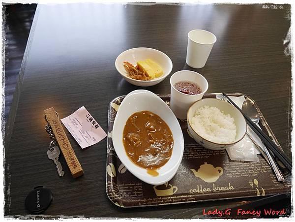 早餐cats111.JPG