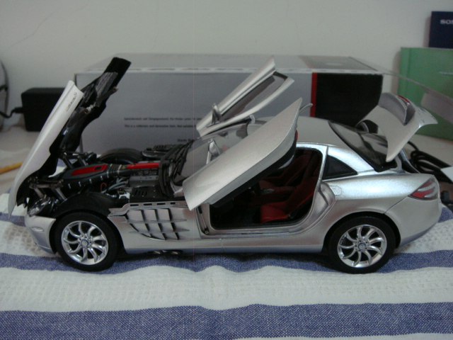 Mercedes-Benz SLR MCLAREN 8