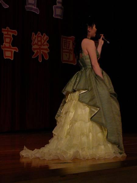 美麗的裙擺 >////<
