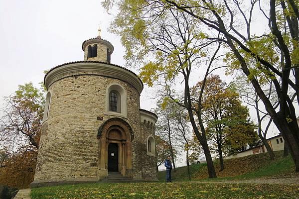 IMG_0074--高堡區--聖馬汀教堂--布拉格僅剩的三座羅馬式教堂之一.JPG