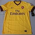 Arsenal 201011客場--正面.JPG