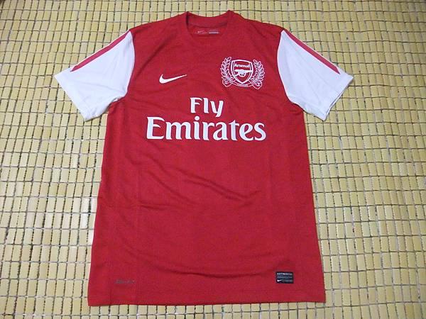 Arsenal 201112主場--正面