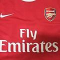 Arsenal 201011主場--胸前.JPG