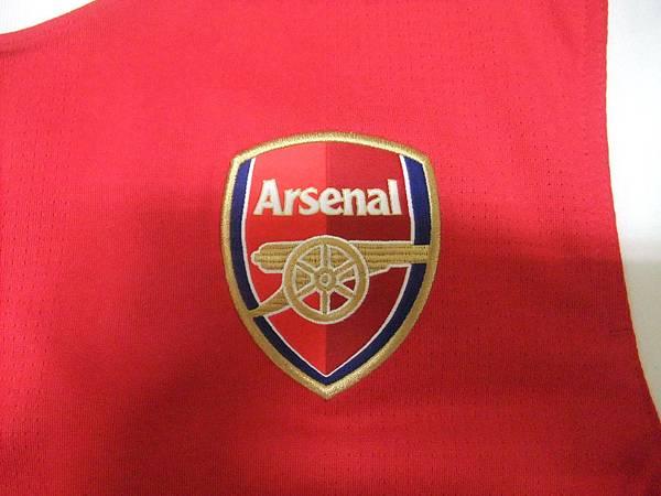 Arsenal 201011主場--隊徽.JPG