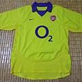 Arsenal 200304客場--正面.JPG