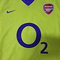 Arsenal 200304客場--胸前.JPG