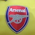Arsenal 201314客場--隊徽.JPG