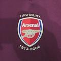 Arsenal 200506主場--隊徽.JPG