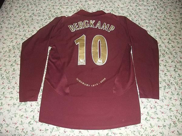 Arsenal 200506主場--背面.JPG