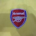Arsenal 200506客場--隊徽.JPG