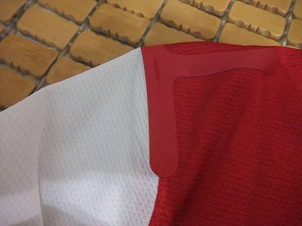 Arsenal 201314主場--肩膀.JPG