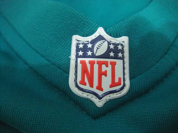 Matt Moore Miami Dolphins 201213 Home--領口.JPG