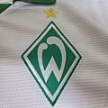 Werder Bremen 2013-14 Away--隊徽.JPG