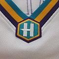 New Orleans Hornets 200205 (H) - 領口.JPG