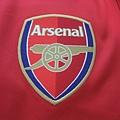Arsenal 200708 Training Red - 隊徽.JPG