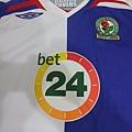 07-08 Blackburn Rovers 主場--胸前.JPG