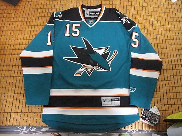 聖荷西鯊魚2009-11(H)--正面.JPG