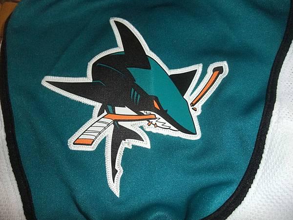 聖荷西鯊魚2007-13(A)--肩膀.JPG