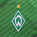 Werder Bremen 2011-12 Home--隊徽.JPG