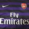 Arsenal 201213客場--胸前.JPG