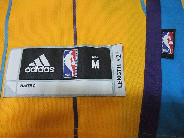 New Orleans Hornets 201011 Alternate - Size M.JPG
