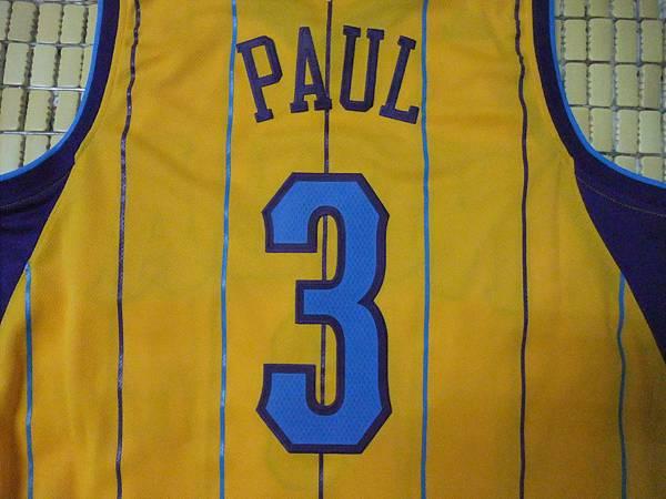 New Orleans Hornets 201011 Alternate - Chris Paul.JPG