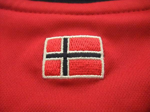 Norway 200810主場特別版--後領.JPG