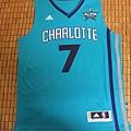 Charlotte Hornets 201516 (青)--正面.JPG