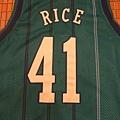 Charlotte Hornets 199799 (青)--41 Glen Rice.JPG