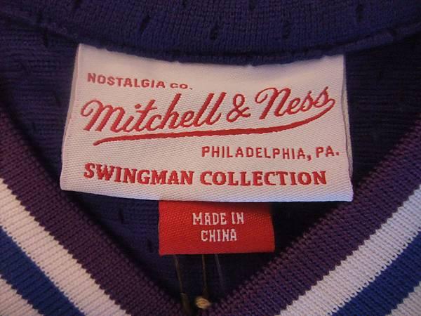 夏洛特黃蜂199495 MN復古--衣領.JPG