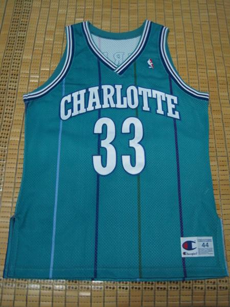 夏洛特黃蜂1989-96客場球員版--正面.JPG