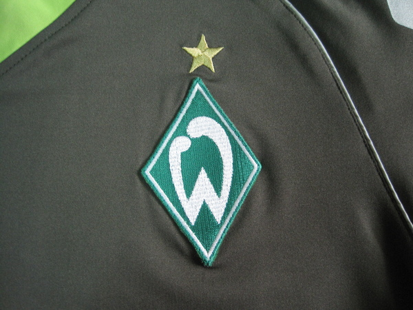 Werder Bremen 2007-08第二客場--隊徽.JPG