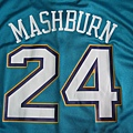 Jamal Mashburn紐澳良黃蜂客場Replica--24+姓.JPG