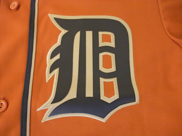 Detroit Tigers Fashion--隊徽.JPG