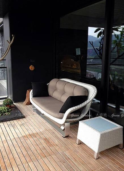 balcony_smart.jpg