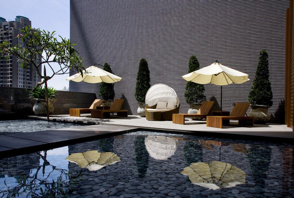 50_1.JPGCania & Lalu Lounge