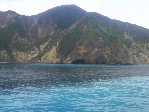 龜山島海底溫泉有著湖水藍很漂亮