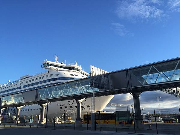 芬蘭赫爾辛基Silja Symphony郵輪