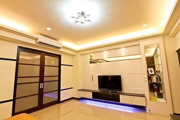 台南室內設計--客廳2.jpg