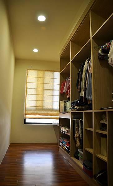 高雄室內設計--主臥室6.jpg
