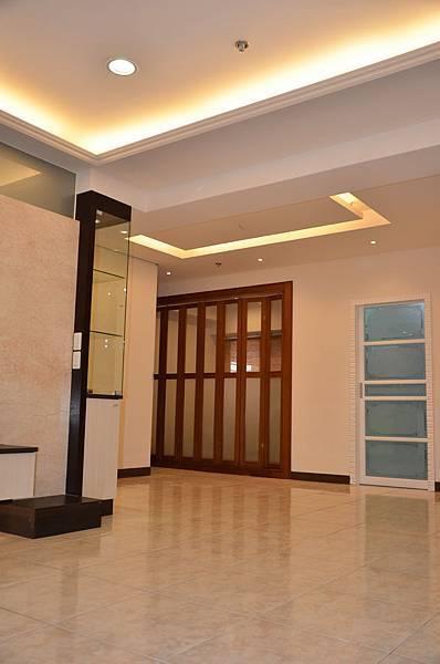 高雄室內設計-三民區尊峰李公館 6客廳