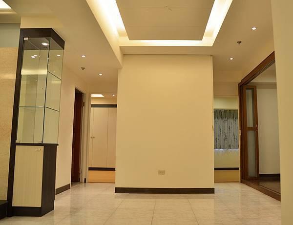 高雄室內設計-三民區尊峰李公館 8客廳