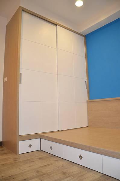 高雄室內設計-三民區尊峰李公館 13房間