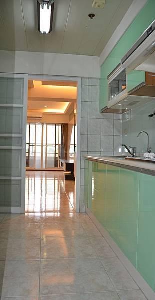 高雄室內設計-三民區尊峰李公館 14廚房
