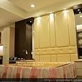 高雄室內設計- 鳳甲特區 翁公館--主臥室8.jpg
