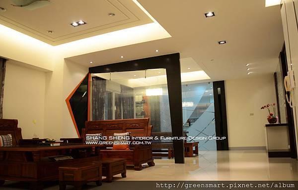 高雄室內設計- 鳳甲特區 翁公館--客廳3.jpg