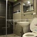 高雄室內設計- 小港 李宅--13衛浴.jpg