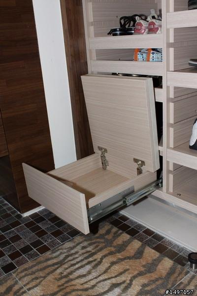 隱藏穿鞋椅2.jpg