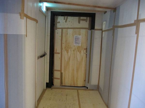 門口樓梯間保護